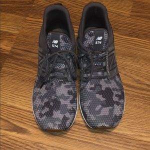 Like new New Balance 574 women's camo shoe